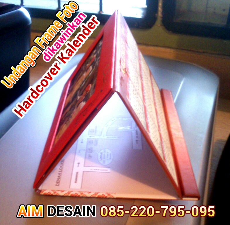 Undangan Frame Foto dinikahkan dgUndangan Hardcover Kalender Bandung