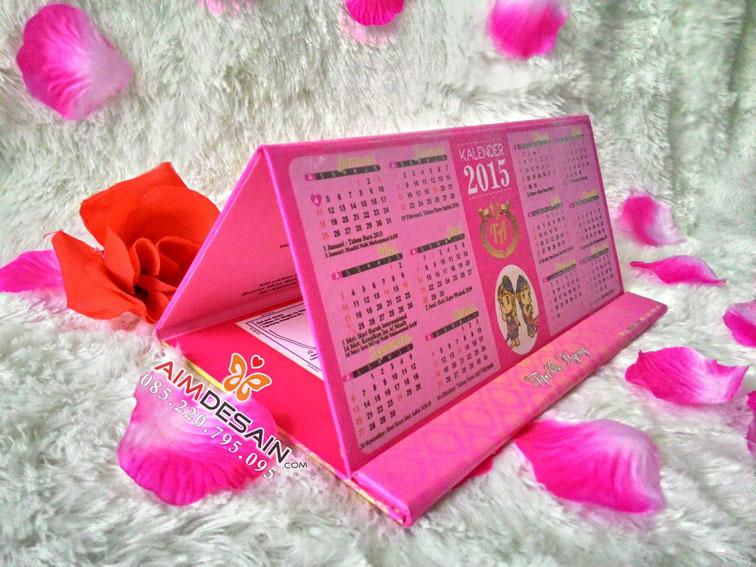 Contoh Undangan Pernikahan Kalender 2015 2016 Hardcover Pink